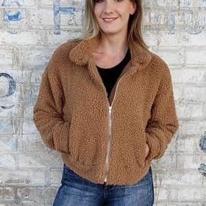 'The Teddy' Soft Cropped Sherpa Jacket Pockets
